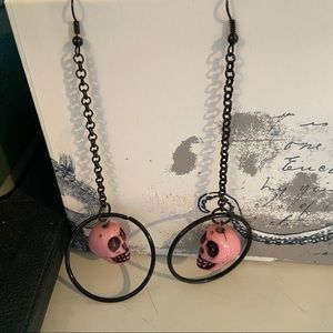 💥5 for $25💥Pink skull earrings